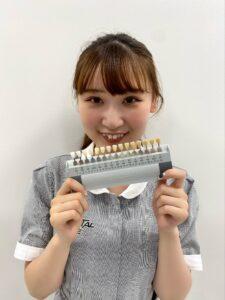 ホワイトニングの歯の色はスキャナーで見る時代